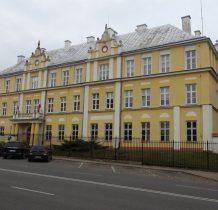 dawny budynek starostwa-obecnie policja