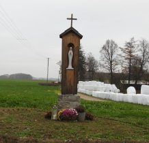 Humięcino-Kostki-kapliczka przydrożna