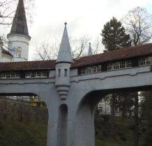 most powstał na poczatku XX wieku