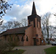 nowy kościół na miejscu ostatniego,spalonego w czasie II wojny światowej
