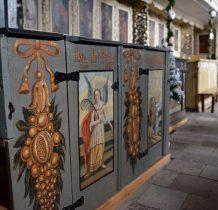 malowane na drewnie sceny biblijne z nazwiskami i gmerki rodowe fundatorów