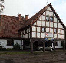 dom podcieniowy z poczatku XIX wieku
