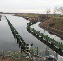 śluza po drugiej stronie mostu-do Przekopu Wisły(Wisła)