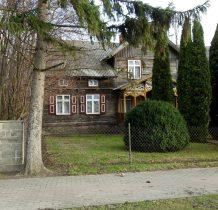 zabytkowy drewniany dom nr 8