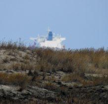 statek za wydmami