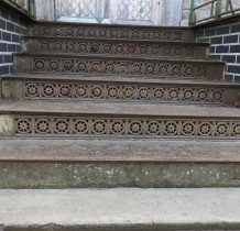 żeliwne schody domu nr 37