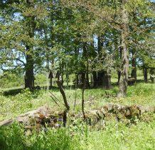 cmentarze granicza ze soba