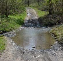 Musimy pokonać mała wodna przeszkodę