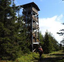 wieża na szczycie Czernicy