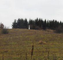 Hermanowice-jedziemy do Malhowic-na wzgórzu kapliczka