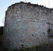 w drugiej połowie XIX wieku popadł w ruinę