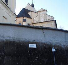 mury kościelne
