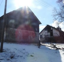 część budynków wioski opuszczona