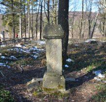 na starym cmentarzu parafialnym