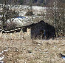 budynki używano przy wypasie owiec