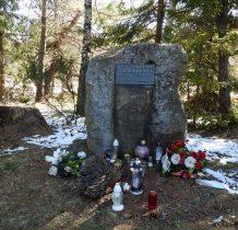 jednym z bardziej znanych kurierów był Jan Łożański-który w 1981 roku odsłaniał ten pomnik