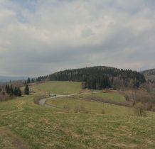 Przełęcz nad Porębą z okolic schronu