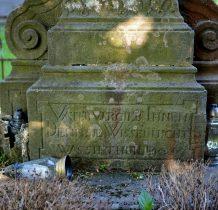 obok mieścił sie stary cmentarz