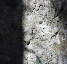 """z napisem""""Ten kamień przeminie ale III Rzesza nie przeminie"""""""